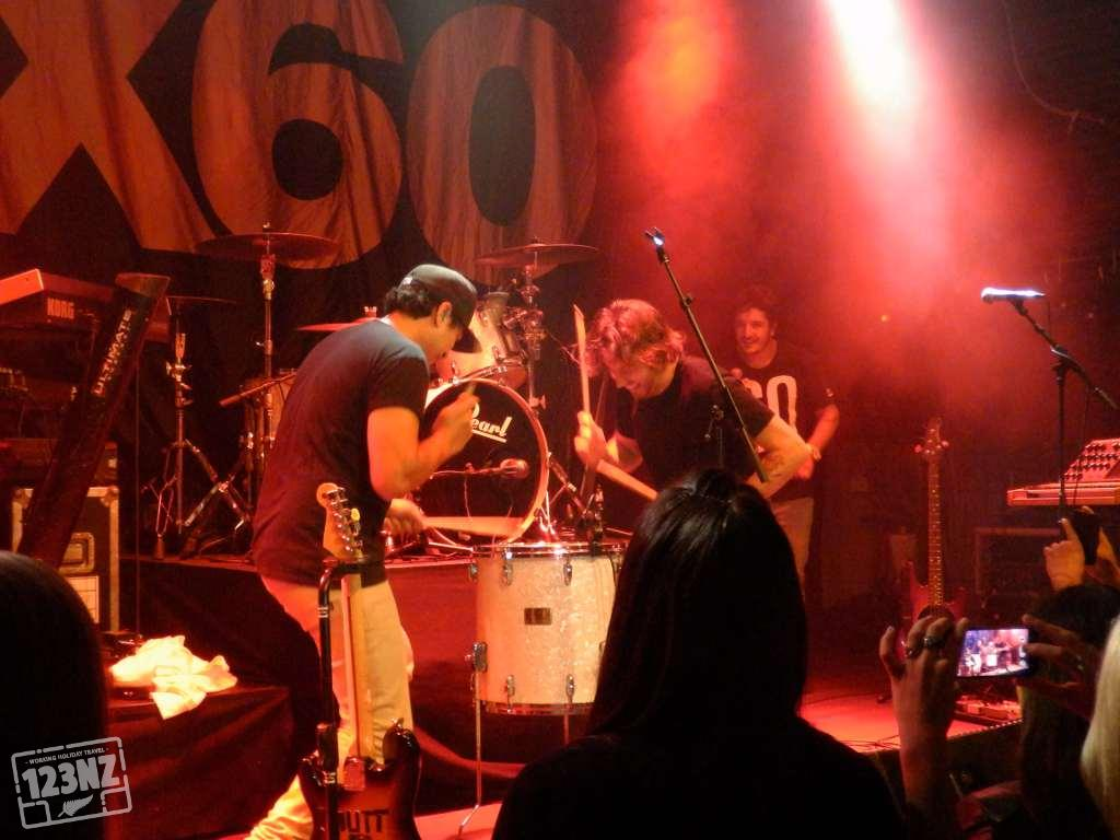 Six60 live in Holland